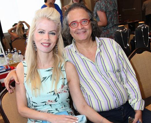 Giovana Priolli e Zé Ronaldo Muller