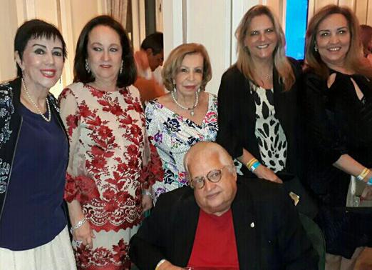 Beth e Carlos Alberto Serpa com Yacy Nunes, Ilka Bambirra, Maninha Barbosa e Sumaya Neves