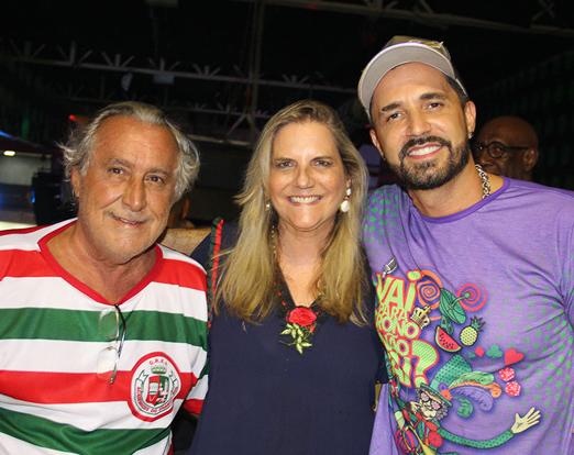 Leleco e Maninha Barbosa com Latino