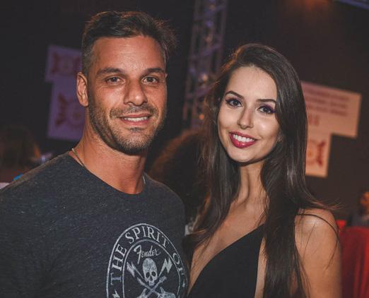 Alex Corban e Djenifer Marques