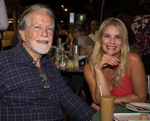 Brian Michael Fraser Neele e Carla Pimentel