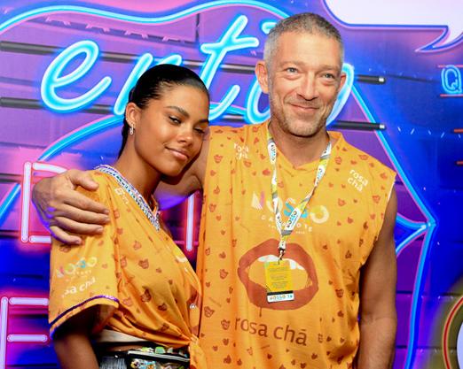 Nosso Camarote - Vincent Cassel e a nova namorada Tina Kunakey