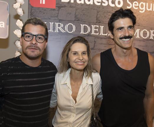 Thiago Martins, Paula Burlamaqui e Reynaldo Gianechinni
